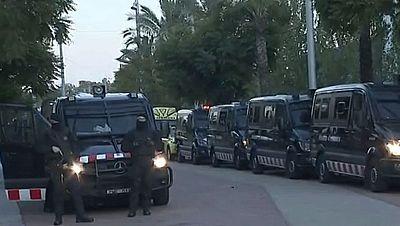 Los Mossos detienen a 29 presuntos traficantes en un golpe a cuatro clanes de venta de drogas