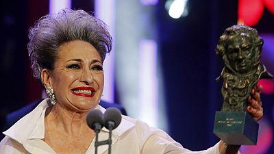 La actriz Luisa Gavasa recibe el Goya a la mejor actriz de reparto por su papel en 'La Novia'