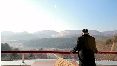 Corea del Norte lanza su cohete de largo alcance y alarma a la comunidad internacional