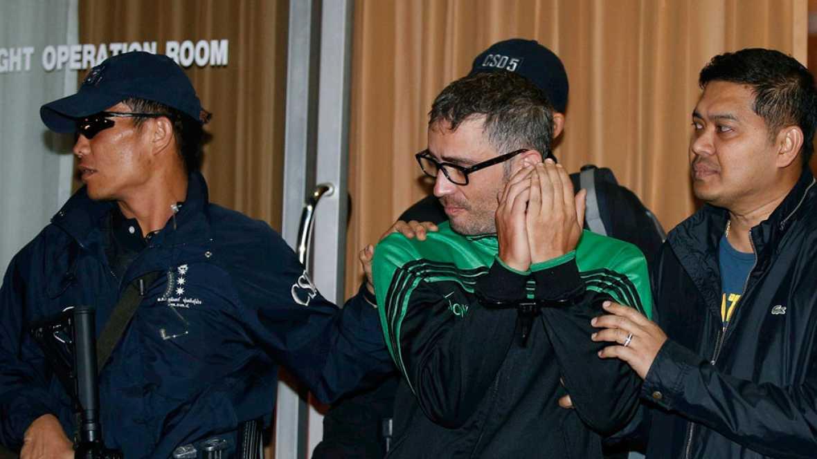 El sospechoso del asesinato en Bangkok de David Bernat , entregado por Camboya a las autoridadas tailandesasautoridadas tailandesas