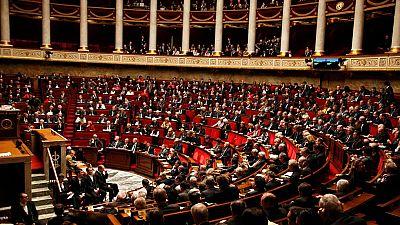 La Asamblea Nacional de Francia da luz verde a las reformas constitucionales para combatir el terrorismo