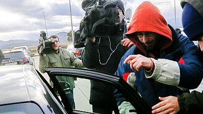 Los dos titiriteros salen de prisión después de el juez decrete su libertad provisional