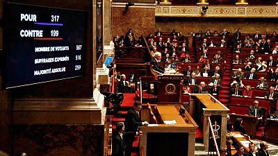 La reforma constitucional supera su primer tr�mite parlamentario en Francia