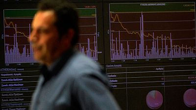 Los bancos, el petr�leo, China y la Fed arrastran a las Bolsas