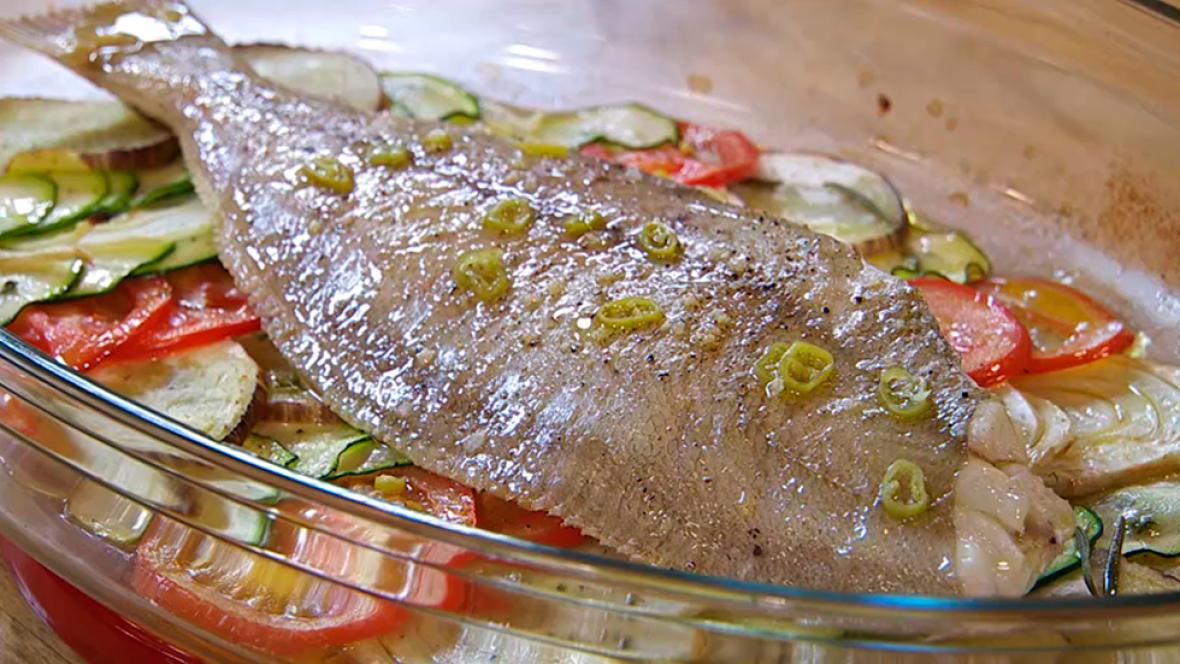 Receta de gallo al horno for Como cocinar pescado