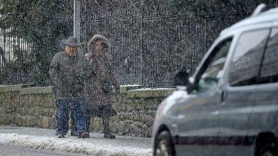 El temporal mantiene en alerta a una veintena de provincias por viento, frío y nieve