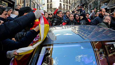 Policías municipales de Madrid insultan al concejal de Seguridad y golpean su coche tras una protesta