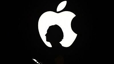 Apple se niega a desbloquear el móvil del terrorista de San Bernardino