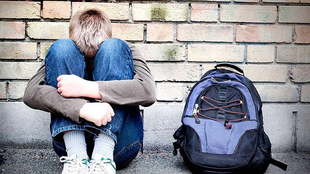 Diez de cada 100 menores entre 12 y 16 años en España afirma ser víctima de acoso escolar, según Save The Children