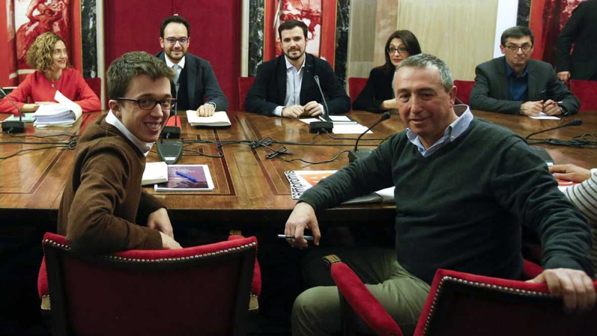 """La reunión a cuatro termina con """"avances"""" y el PSOE insiste en pactar a la vez con Podemos y Ciudadanos"""