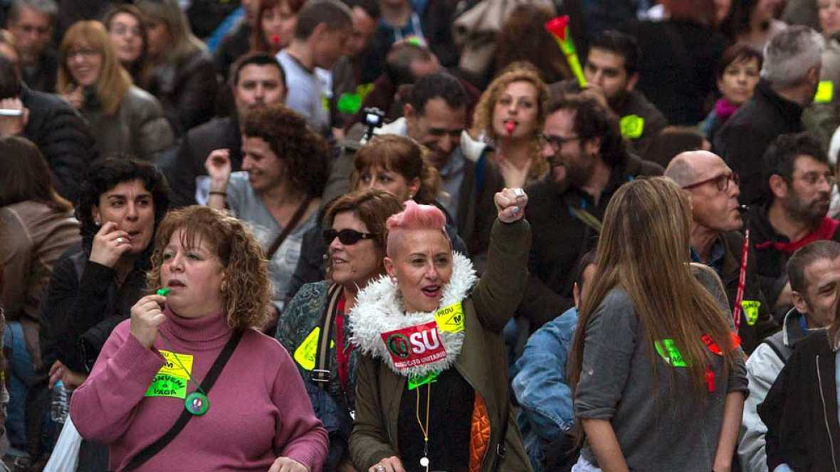 Continúa la huelga de metro en Barcelona con posiciones cada vez más enfrentadas