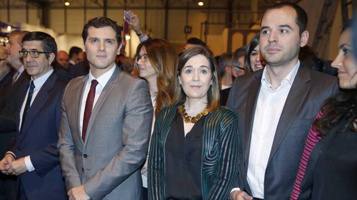 Podemos y sus confluencias le piden al PSOE que reflexione