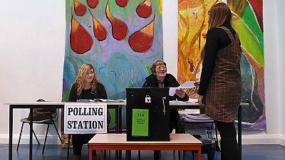 Irlanda vota en las legislativas con un resultado incierto