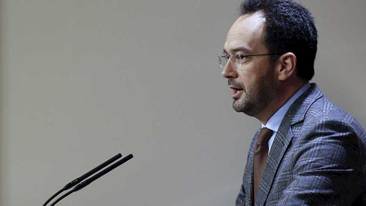 El PSOE le pide a Iglesias que escuche a Manuela Carmena y apoye a Sánchez