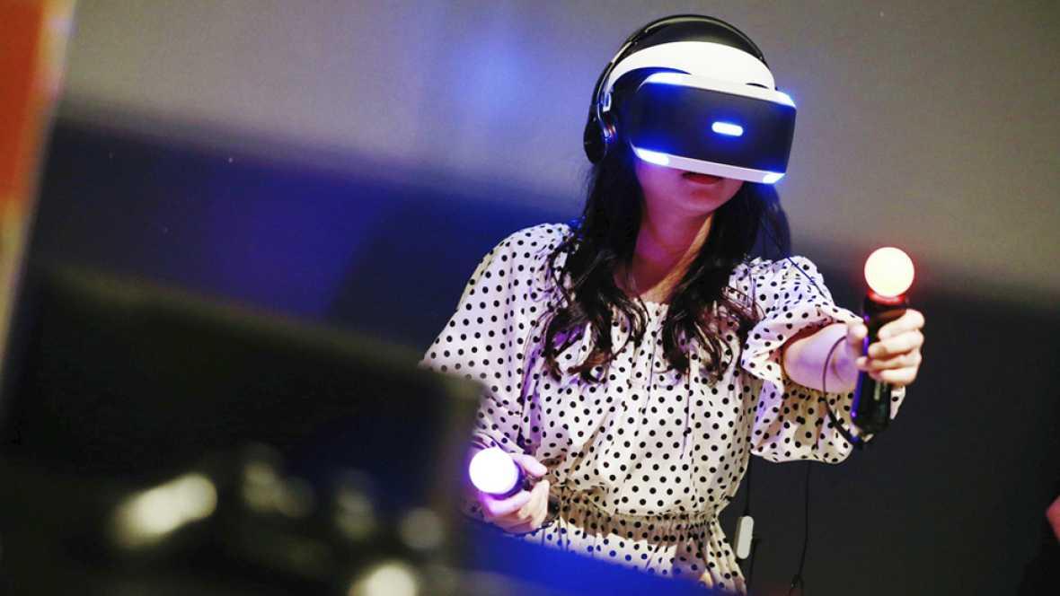 Internet, redes sociales y realidad virtual, las nuevas herramientas del profesor del futuro