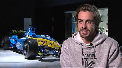 El piloto español de McLaren, Fernando Alonso, ha revelado que seguirá, al menos, dos temporadas más en el Mundial de Fórmula 1, en una entrevista que ha concedido en exclusiva para TVE. También dijo que hubo negociaciones hace dos años para haber re
