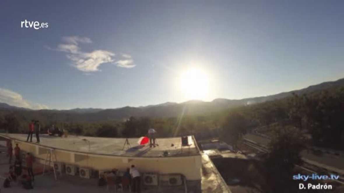 Así ha sido el eclipse total de Sol, visto por el equipo del proyecto europeo Stars4all, que viajó hasta Célebes para retransmitirlo en directo a través de la web sky-live.tv, en colaboración con la Universidad Taduloloko de Palu.