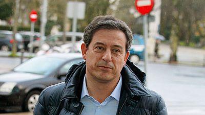 El juez imputa al líder del PSOE gallego, Gómez Besteiro, por presunta corrupción en un nuevo caso