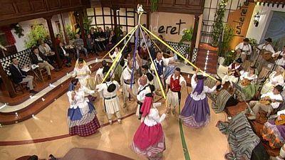 Tenderete - 13/03/2016 con La agrupaci�n San Crist�bal y el tr�o Con-Trastes