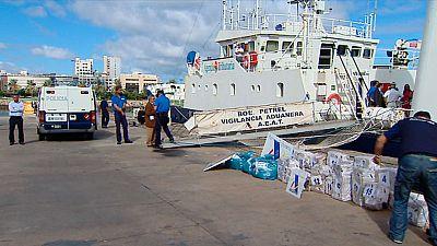 Herido un presunto narcotraficante durante el abordaje de un velero con cocaína en altamar