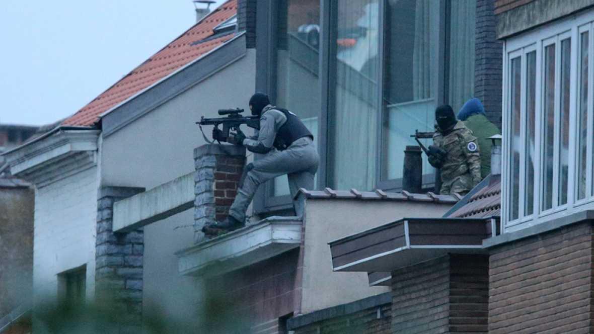 La Policía de Bruselas mata a un sospechoso en una redada vinculada a los atentados de París