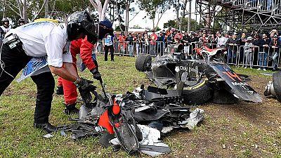 Alonso abandona ileso la carrera tras un accidente que destrozó su McLaren