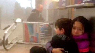 Testigos del atentado del aeropuerto de Bruselas relata que oyeron gritos en �rabe antes de las explosiones