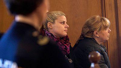 Una de las dos acusadas de matar a un anciano para cobrar su herencia confiesa en el juicio