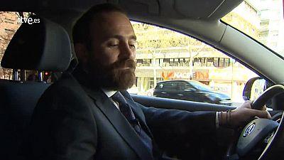 Un taxista se pasa a Uber X porque cree que el sector se ha quedado obsoleto