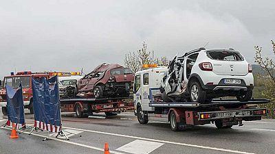Siete muertos y un herido grave en un choque lateral de dos vehículos en Girona
