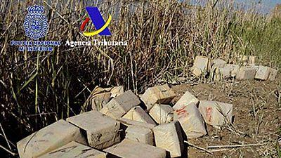 Diecinueve detenidos de una red de narcotraficantes que enviaba hachís de Marruecos a Francia