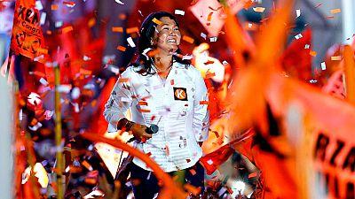 Perú elige presidente dividido por el recuerdo de Fujimori