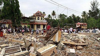 Más de 100 muertos en un incendio en un templo de la India