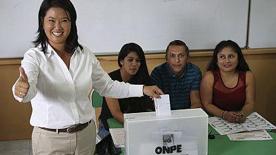 Perú abre las urnas para elegir nuevo presidente