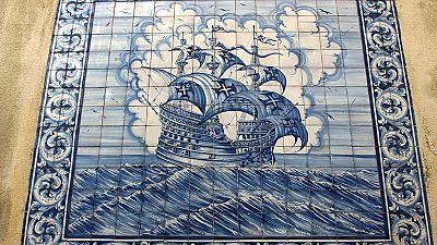 Lisboa lucha por salvar a sus icónicos azulejos del robo y el abandono