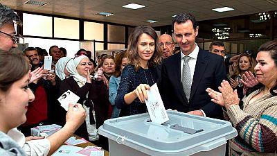 Siria vota entre las bombas y con la vista puesta en Ginebra