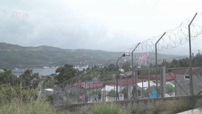 """Chris y Iokasti, voluntarios en Samos: """"El sistema va a colapsar"""""""