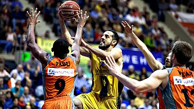 El Montakit Fuenlabrada ha ganado por 67-92 al Iberostar Tenerife en un duelo directo en el que el acierto de Tabu (21 puntos) y Wear (16) fue clave para lograr una victoria que le asienta en Playoff.