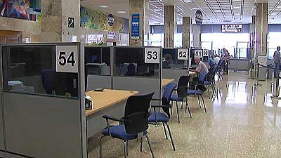 Los funcionarios del Estado cobrarán este mes el 50% pendiente de la extra suprimida en 2012, según CSI-F