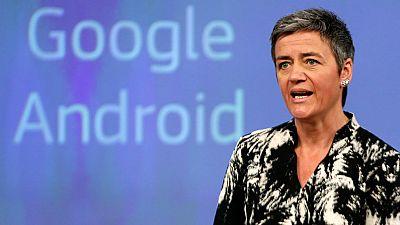 Bruselas acusa a Google de posición dominante con Android