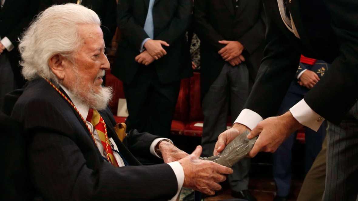 Fernando del Paso recibe el Premio Cervantes en la universidad de Alcal�