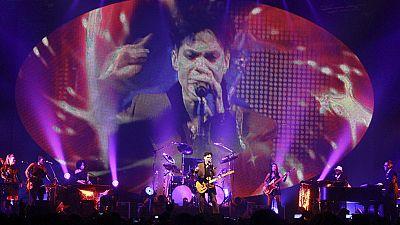 Prince vuelve a encabezar las listas de ventas