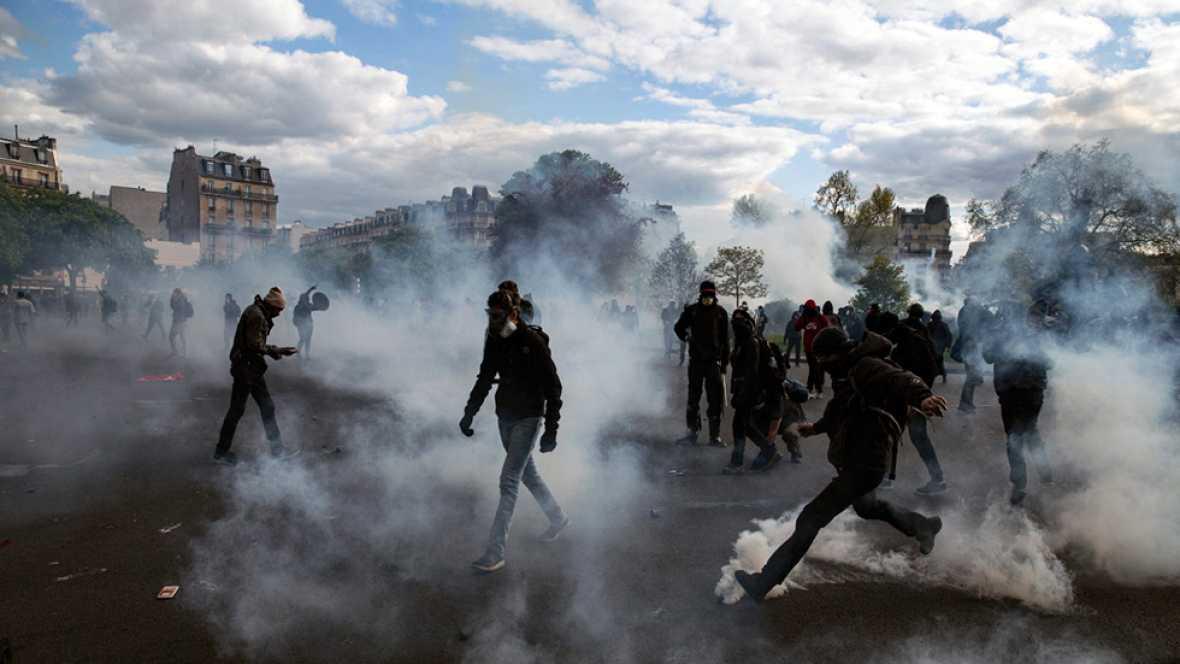 Violentos choques entre manifestantes y polic�as en las protestas contra la reforma laboral en Francia