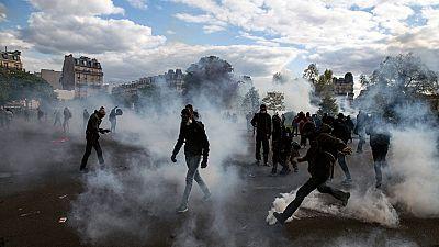 Violentos choques entre manifestantes y policías en las protestas contra la reforma laboral en Francia