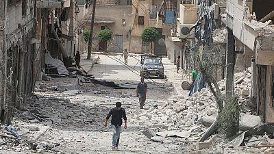 Intensos combates entre facciones rebeldes y el régimen en la ciudad de Alepo