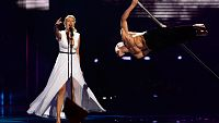 Eurovisi�n 2016 - Semifinal 2 - Eslovenia: ManuElla canta 'Blue and Red'