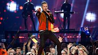 Eurovision 2016 - Semifinal 2 - Irlanda: Nicky Byrne canta la canci�n 'Sunlight'