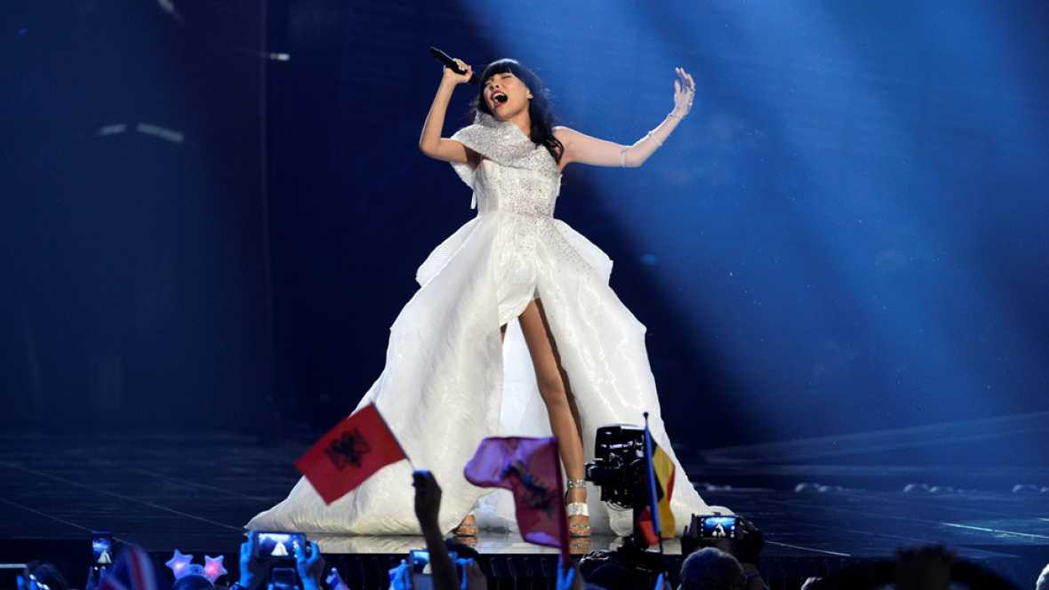 Eurovision 2016 - Semifinal 2 - Australia: Dami Im canta 'Sound Of Silence'