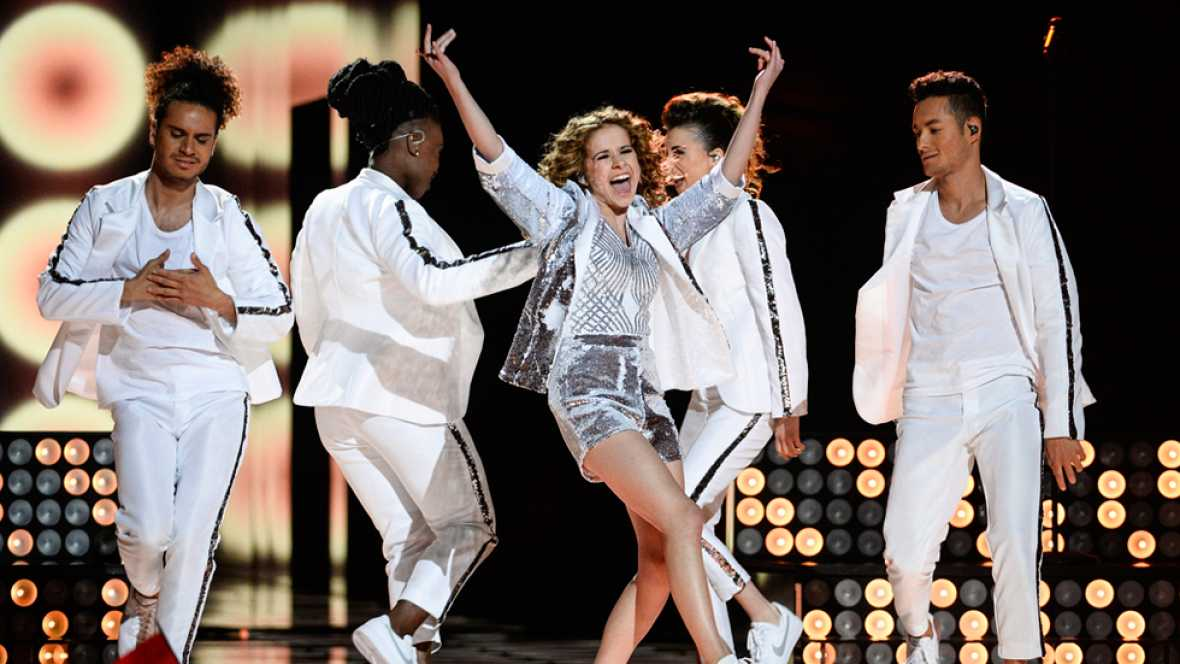 Eurovisión 2016 - Bélgica: Laura Tesoro canta 'What's the pressure'