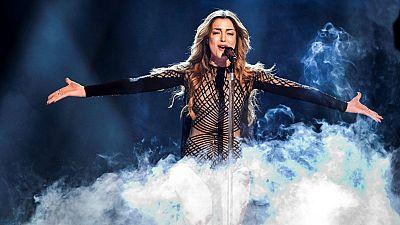 Eurovisi�n 2016 - Armenia: Iveta Mukuchyan canta 'LoveWave'